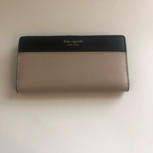 Kate Spade Large Slim Bifold Wallet BLK/Warm Beige